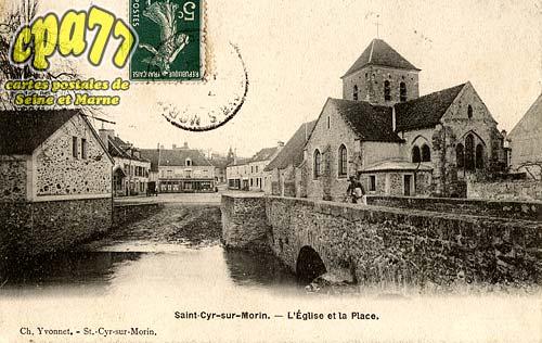 St Cyr Sur Morin - L'Eglise et la Place