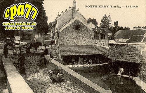 St Fargeau Ponthierry - Le Lavoir