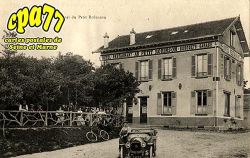 St Fargeau Ponthierry - L'Hôtel du Petit Robinson
