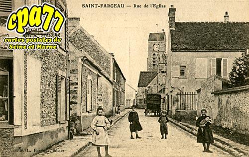 St Fargeau Ponthierry - Rue de l'Eglise