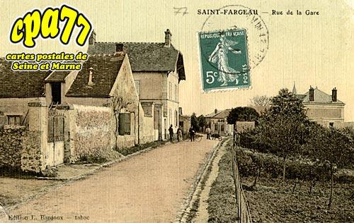 St Fargeau Ponthierry - Rue de la Gare