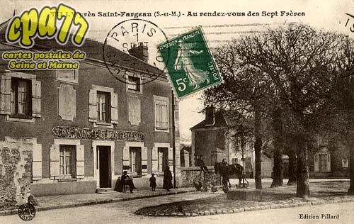 St Fargeau Ponthierry - Tilly près Saint-Fargeau (S.-et-M.) - Au rendez-vous des Sept Frères