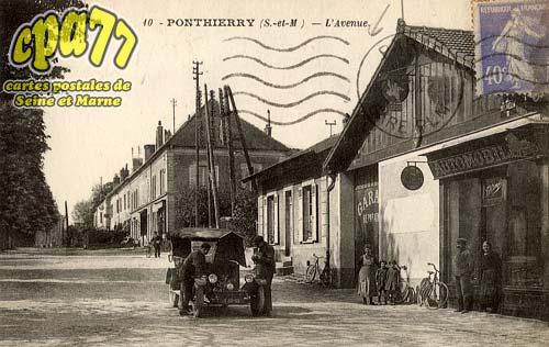 St Fargeau Ponthierry - L'Avenue