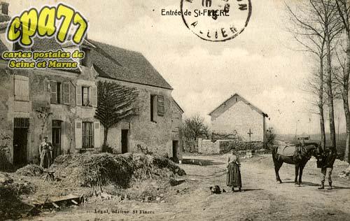 St Fiacre - Entrée de Saint-Fiacre