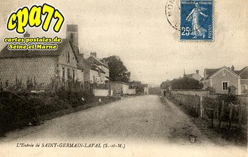 St Germain Laval - L'Entrée du Pays