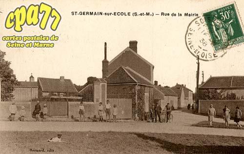 St Germain Sur école - Rue de la Mairie