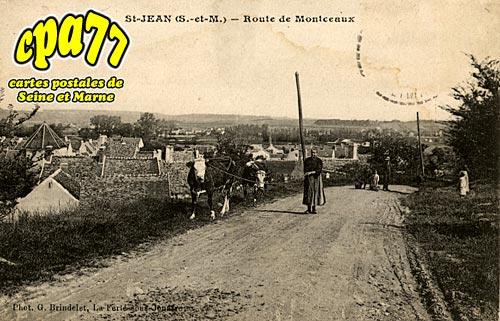 St Jean Les Deux Jumeaux - Route de Montceaux