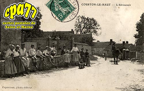 St Loup De Naud - Courton-le-Haut - L'Abreuvoir