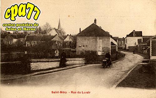 St Méry - Rue du Lavoir