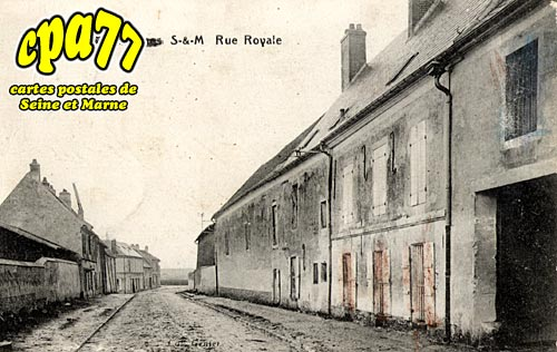 St Mesmes - Rue Royale