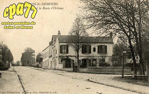 St Pierre Lès Nemours - La Villa Tiger et la Route d'Orléans