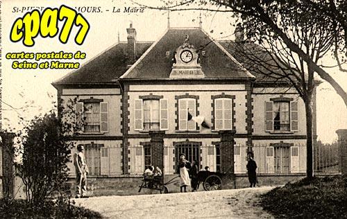 St Pierre Lès Nemours - La Mairie