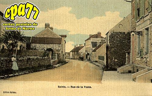 Saints - Rue de la Poste