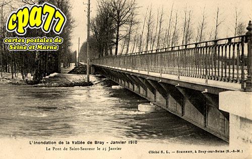 St Sauveur Lès Bray - L'Inondation de la Vallée de Bray - Janvier 1910 - Le Pont de Saint-Sauveur le 25 Janvier 1910