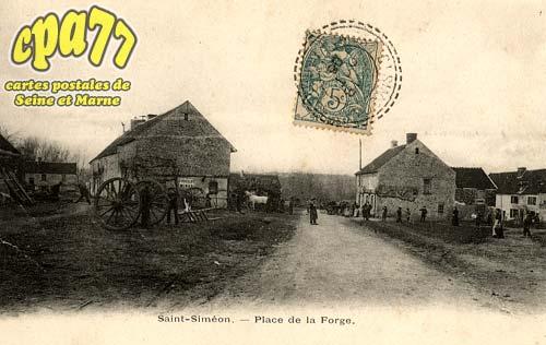 St Siméon - Place de la Forge