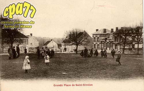 St Siméon - Grande Place de Saint-Siméon
