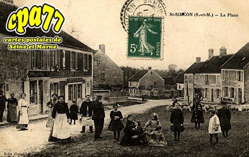 St Siméon - La Place