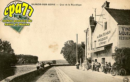 Samois Sur Seine - Quai de la République
