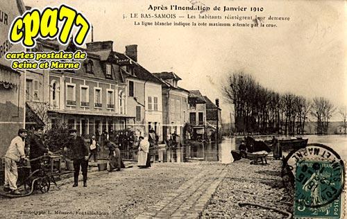 Samois Sur Seine - Après l'Inondation de Janvier 1910 - Les habitants réintègrent leur demeure - La ligne blanche indique la cote maximum atteinte par la crue