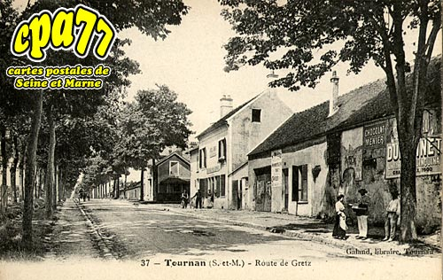 Tournan En Brie - Route de Gretz