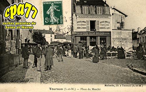 Tournan En Brie - Place du Marché
