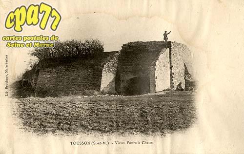 Tousson - Vieux Fours à Chaux