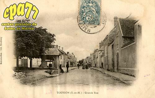 Tousson - Grande Rue