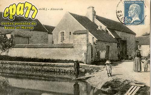 Tousson - Abreuvoir
