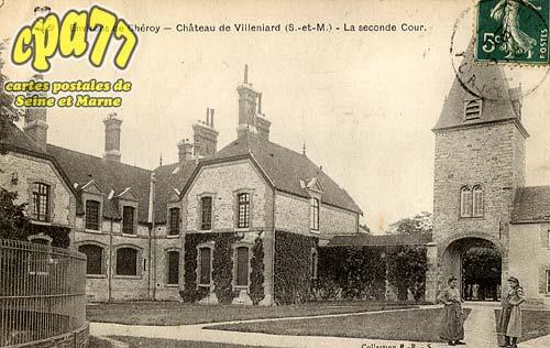 Vaux Sur Lunain - Environs de Chéroy - Château de Villeniard (S.-et-M.) - La seconde Cour