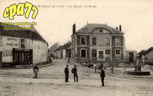 Vendrest - La Mairie et l'école