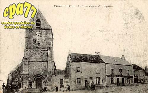 Vendrest - Place de l'église