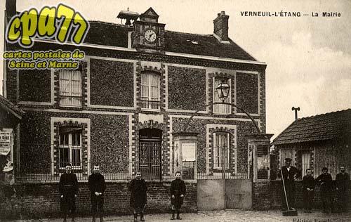 Verneuil L'étang - La Mairie