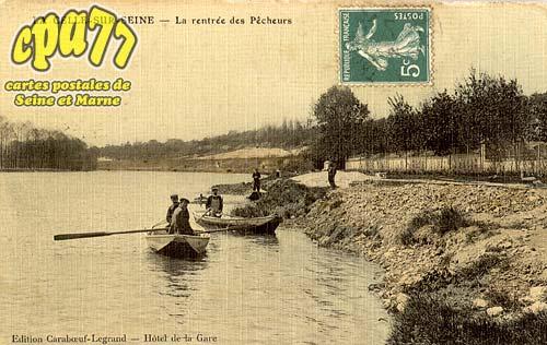 Vernou La Celle Sur Seine - La rentrée des Pêcheurs