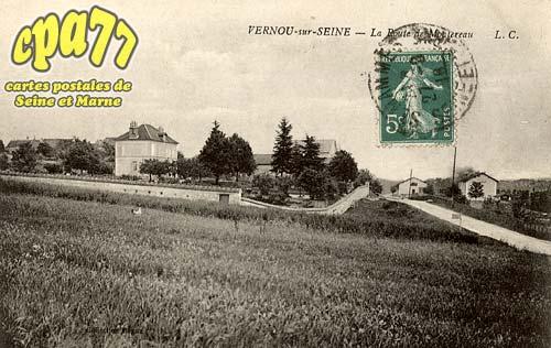 Vernou La Celle Sur Seine - La Route de Montereau