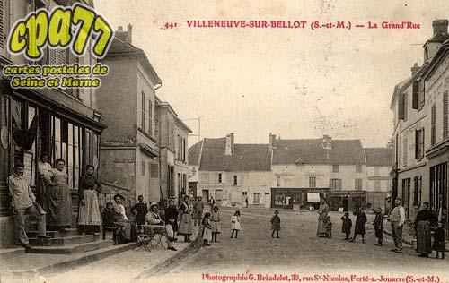 Villeneuve Sur Bellot - La Grand'Rue