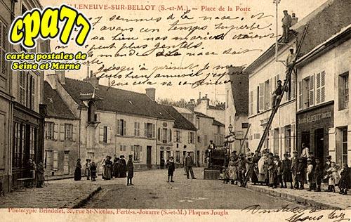 Villeneuve Sur Bellot - Place de la Poste