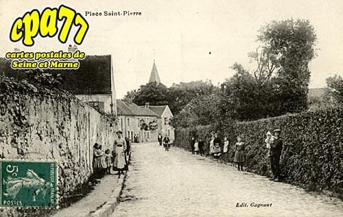Villeroy - Place Saint-Pierre