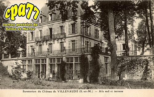 Villevaudé - Aile sud et terrasse