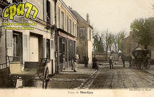 Villevaudé - Place de Montjay