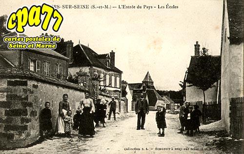 Villiers Sur Seine - L'Entrée du Pays - Les Ecoles