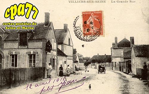 Villiers Sur Seine - La Grande Rue